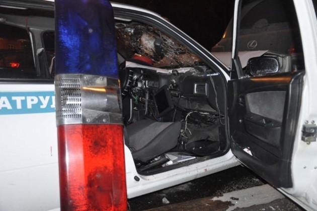 Двое полицейских пострадали в ДТП в Алматы