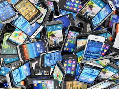 В РК контрабандой пытались провезти свыше 2,5 тысяч телефонов