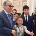 Президент встретился с одаренными детьми