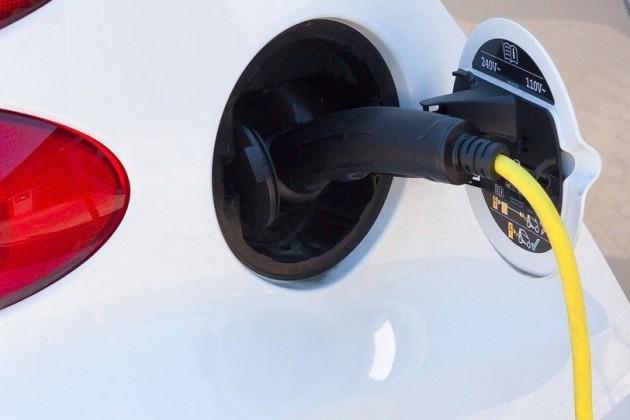 В 2019 году в Казахстане выпустят 300 электромобилей