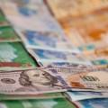 За год объем торгов валютами на KASE вырос в два раза