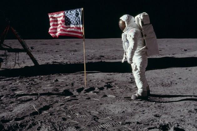 NASA планирует отправить экспедиции на Луну в 2028 году