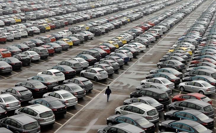 Мантуров поведал опоставках русских авто вМексику