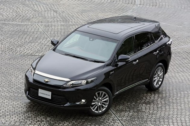 2014 Toyota Harrier: новые фото