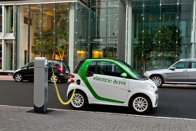 Освободить отналога предлагают владельцев электромобилей вЕАЭС