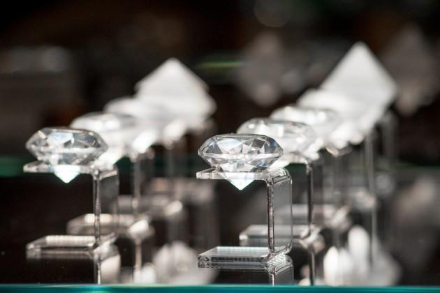 Изменен порядок вывоза бриллиантов за пределы ТС