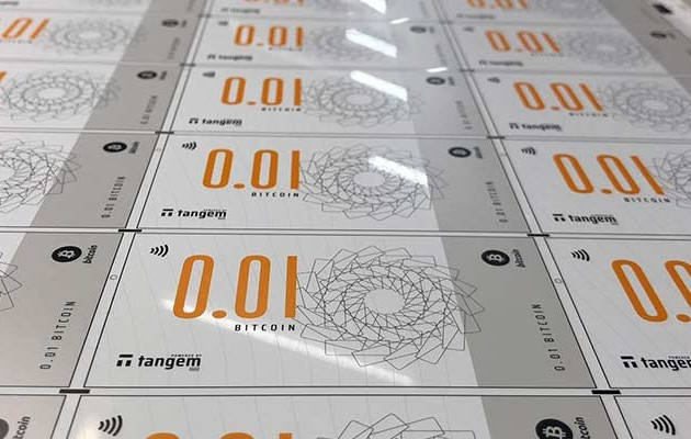 ВСингапуре появились биткоин-банкноты