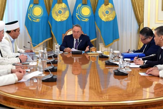 Нурсултан Назарбаев: Есть те, кто смотрит наКазахстан сзавистью