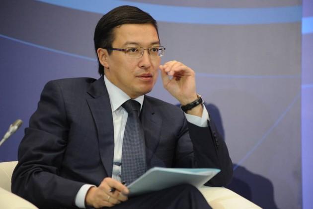 Данияр Акишев рассказал ополитике Нацбанка