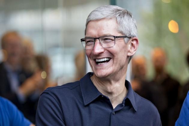 Вознаграждение главы Apple превысило $120млн