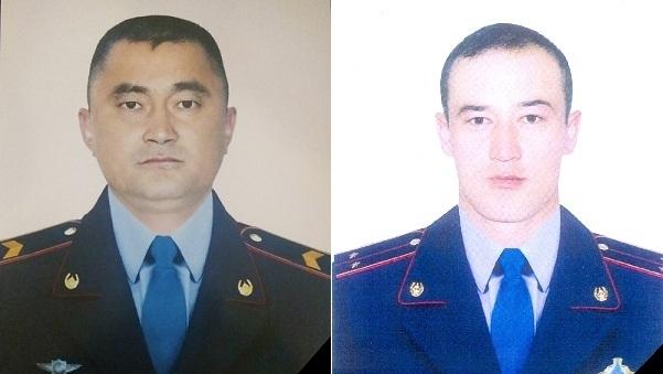 Скончались еще двое полицейских, раненных алматинским стрелком