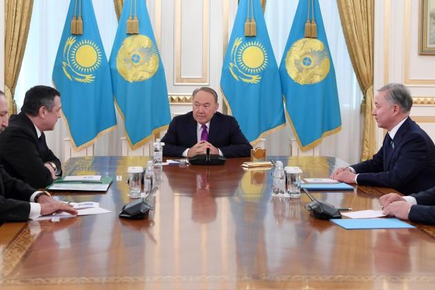 Глава Казахстана встретился соспикером Олий Мажлиса Узбекистана