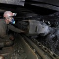 Сбастующими шахтерами ведутся переговоры