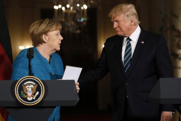 Дональд Трамп впервые после инаугурации встретился сАнгелой Меркель
