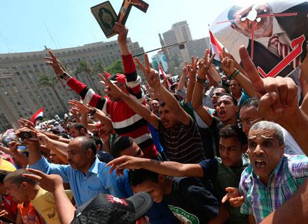 23 человека погибли при столкновениях в Египте