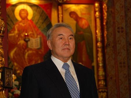СРождеством поздравил казахстанцев Нурсултан Назарбаев
