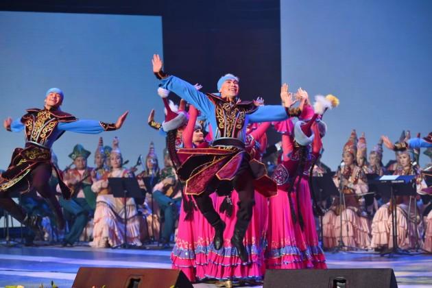 ВАстане прошел гала-концерт «ЭКСПО-ға Оңтүстіктен ән шашу!»