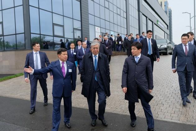 Президенту рассказали о крупных проектах Алматы