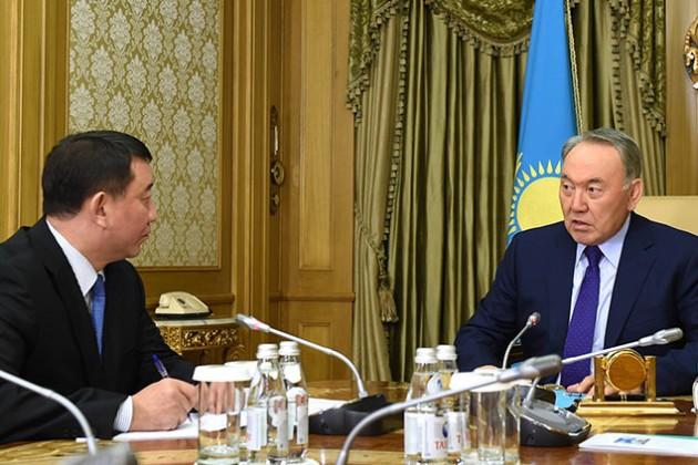 Президент встретился с главой службы Сырбар