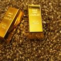 Почему Канада распродала золото, а КНР его скупает