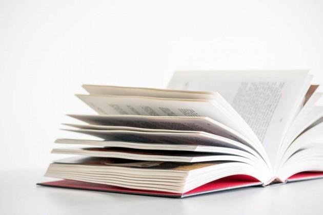 Кто кого: печатные книги или электронные?