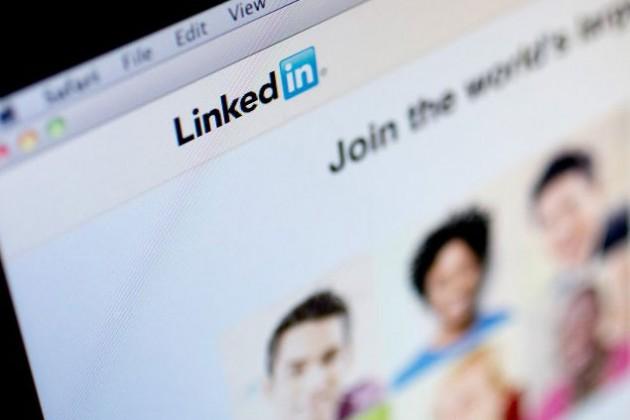 Гендиректор LinkedIn решил отдать сотрудникам свои акции