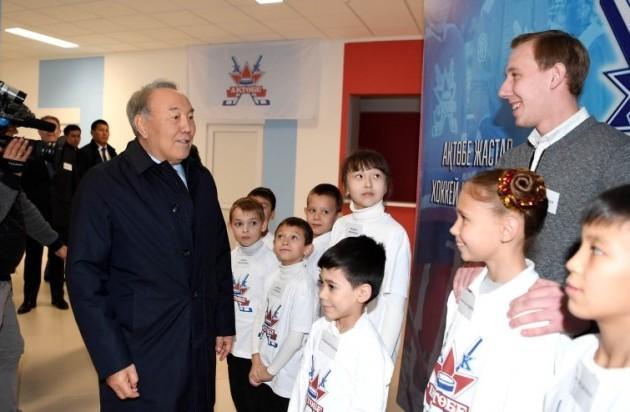 Нурсултан Назарбаев находится срабочим визитом вАктобе