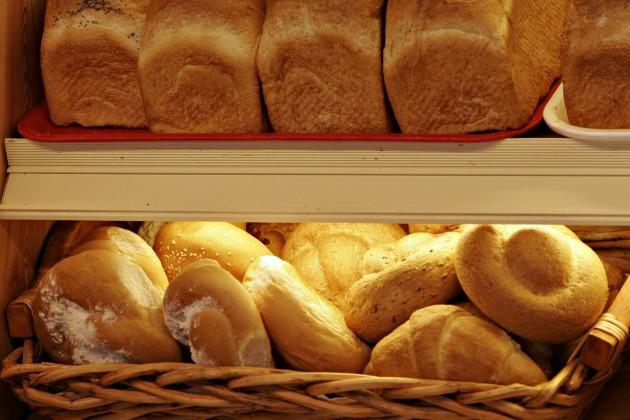 В Атырау цена хлеба доходит до 100 тенге