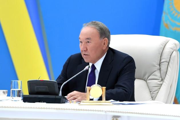 Нурсултан Назарбаев: Заставим акционеров RBK вернуть деньги