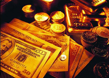 Золото подешевело до месячного минимума