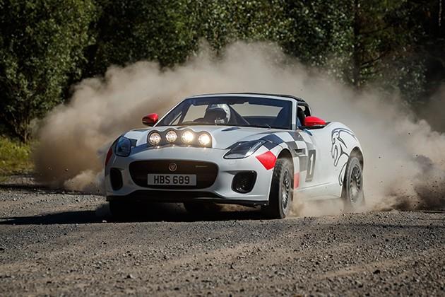 Jaguar F-Type Chequered Flag— эффектное посвящение