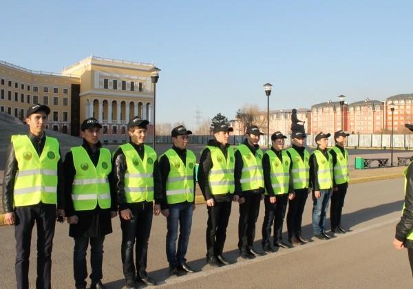 В Астане работают студенческие отряды правопорядка