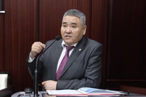 Алибек Темербеков стал членом Конституционного совета