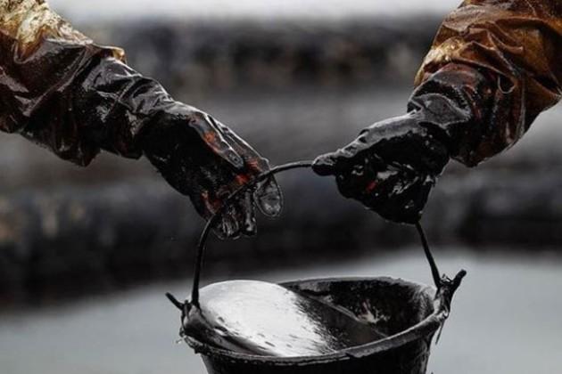 Китай вдвое сократил импорт казахстанской нефти