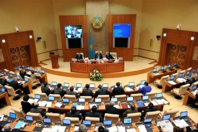 Серик Умбетов и Омархан Оксикбаев стали депутатами