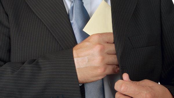 Директор крупной компании задержан при получении взятки