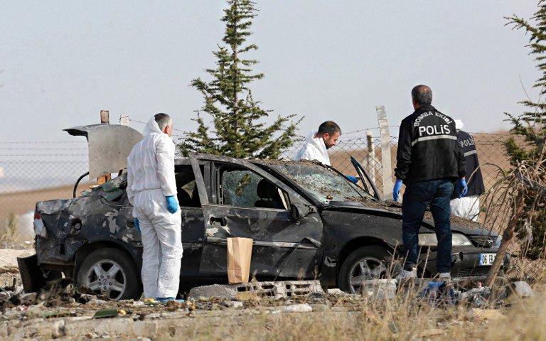 Два смертника подорвали себя при задержании под Анкарой