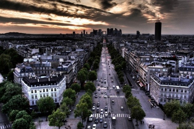 В Париже ограничили количество транспорта