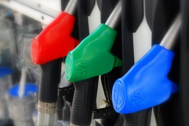КМГ продает бензин без ограничений