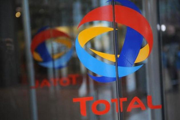 Акции Total упали после гибели главы компании
