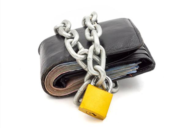 Банковские вклады перестают быть тайными