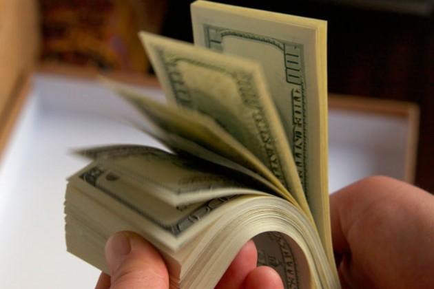 Курс на дедолларизацию набирает обороты