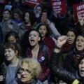Противники изменения Конституции вышли наулицы Стамбула