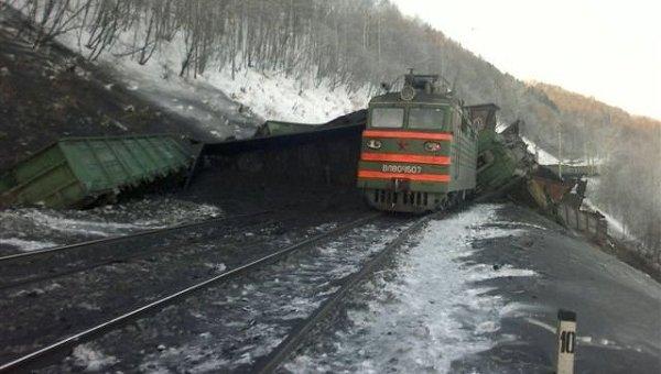 В Жамбылской области произошел сход 12 вагонов