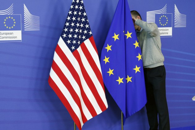Дональд Трамп хочет сократить импорт стали изЕС