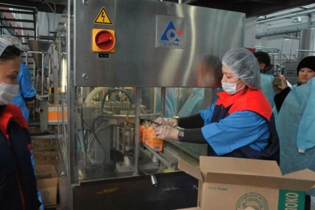Назарбаев посетил молочный завод в Талдыкоргане
