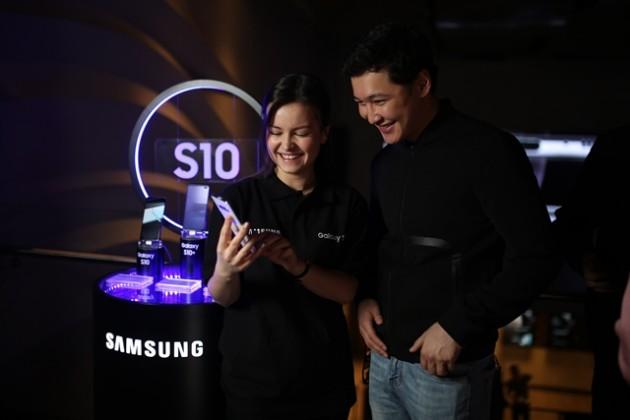 В Алматы презентовали Samsung Galaxy S10