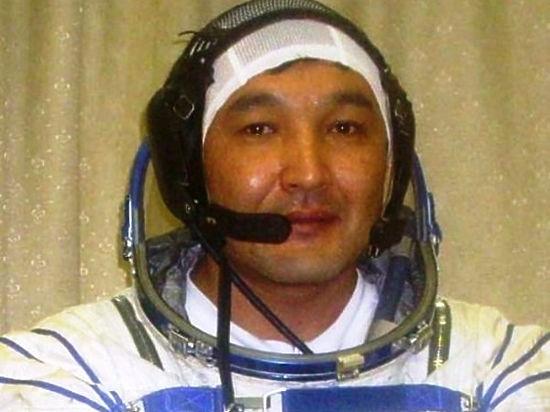 Казахскому космонавту на орбите изменили должность