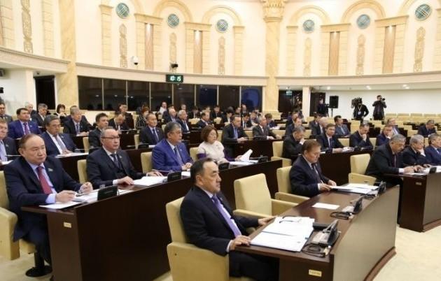 ВКазахстане началось выдвижение кандидатов всенат