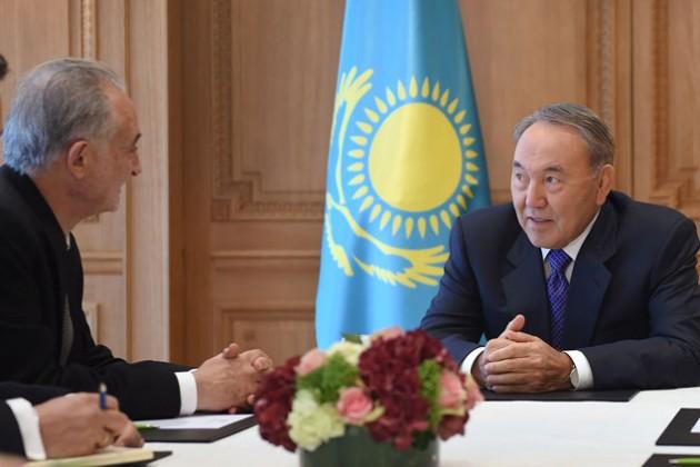 Нурсултан Назарбаев провел ряд встреч во Франции